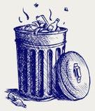 Coffre de détritus complètement des ordures Image libre de droits