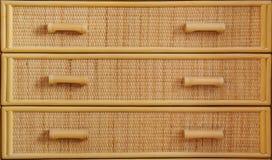Coffre en osier d'haut étroit de tiroirs Photos stock