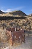 Coffre-fort abandonné dans le désert Photo libre de droits