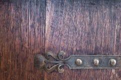 Coffret en bois de vintage de détail avec les garnitures en laiton Photographie stock