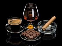 Cognac, cigare, café, chocolat Photo stock