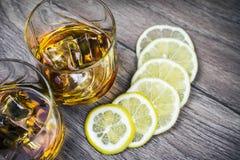 Cognac_and_lemon 22 10 2016年 免版税库存照片