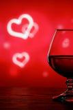 Cognacglas op een onscherpe achtergrond Stock Afbeeldingen