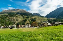 Cogne och den Gran Paradiso nationalparken Royaltyfria Bilder