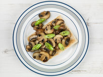 Cogumelos e cebolas da mola no brinde Fotos de Stock Royalty Free