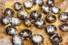 Cogumelos enchidos com queijo Foto de Stock Royalty Free