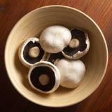Cogumelos na bacia Imagens de Stock Royalty Free