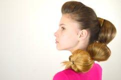 Coiffure avec de longs cheveux Image libre de droits