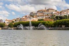 Coimbra, universitaire stad langs Mondego-rivier royalty-vrije stock foto's