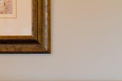 Coin de cadre de tableau sur le fond simple Photos libres de droits