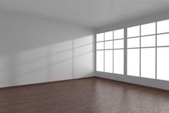 Coin de la pièce vide blanche avec de grandes fenêtres et parquet sombre Photos libres de droits