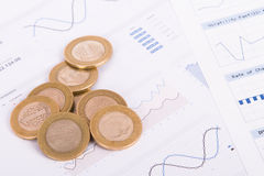 Coins on Bar Chart Graphics Royalty Free Stock Photography