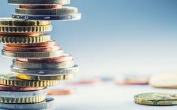 coins euro bank repet för anmärkningen för pengar för fokus hundra för euroeuros fem begreppsmässig valutaeuro för sedlar femtio  Fotografering för Bildbyråer