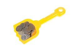 coins euroen fyllda skyffeltoyen Arkivbild