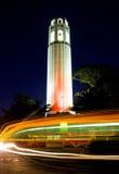 Coit Kontrollturm nachts Stockfoto
