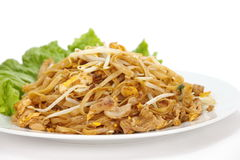 cojín sofrito de los tallarines de arroz tailandés imagenes de archivo