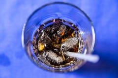 Cokes in glas Royalty-vrije Stock Afbeeldingen