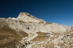 Col de Puez et refuge de Puez Image libre de droits