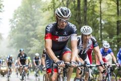 Col du Platzerwasel Sebastien Reichenbach велосипедиста взбираясь - Стоковое Изображение