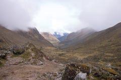 Col przy salcantay śladem przy ca. 4600 metrów zdjęcia royalty free