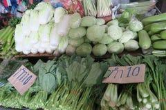 Col y verduras en el mercado, Tailandia Fotografía de archivo libre de regalías