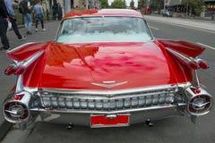 Cola automotriz clásica americana de Cadillac rojo foto de archivo libre de regalías