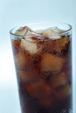 Cola con hielo Foto de archivo libre de regalías