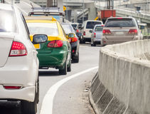 Cola del coche en el mún camino del tráfico Imagen de archivo libre de regalías