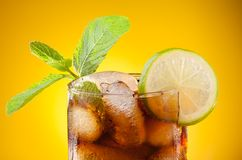 Cola with lime and ice Royalty Free Stock Photography
