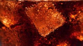 Cola in vetro stock footage