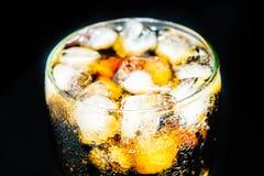 Colaexponeringsglas med is Fotografering för Bildbyråer