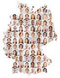 Colagem do retrato das gerações no mapa de Alemanha fotografia de stock royalty free