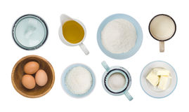 Colagem dos objetos do ingrediente do cozimento isolados na vista branca, superior imagens de stock royalty free