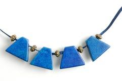 Colar com gemas azuis fotos de stock royalty free