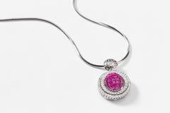 Colar cor-de-rosa da safira Imagens de Stock Royalty Free
