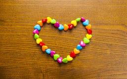 Colar e grânulos brilhantes e coloridos Imagem de Stock Royalty Free