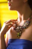 Colar no pescoço rubi e esmeralda Foto de Stock Royalty Free