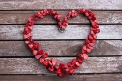 Colar vermelha sob a forma do coração Imagem de Stock Royalty Free