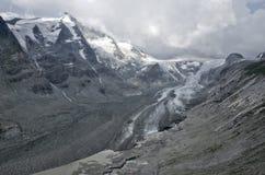 Colata di panorama del ghiacciaio dell'Austria Pasterze Immagini Stock
