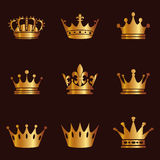 Coleção da silhueta da coroa Autoridade da monarquia e símbolos reais Ícones dourados da antiguidade do vintage Símbolo da coroa  Imagens de Stock