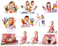 Coleção das fotos dos miúdos que pintam com cores imagens de stock