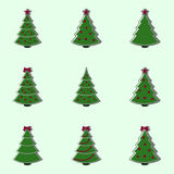 Coleção de árvores de Natal decoradas Ilustração lisa do estilo Fotos de Stock
