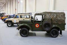 Coleção de ARO de carros em SIAB, Romexpo da época, Bucareste, Romênia fotos de stock