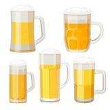 Coleção de canecas de cerveja com os punhos isolados no branco ilustração royalty free
