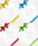 Coleção de cartões e de convites do presente com fitas Fotografia de Stock Royalty Free