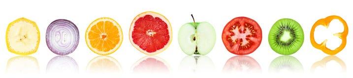 Coleção de fatias frescas das frutas e legumes ilustração do vetor