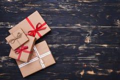Coleção de quatro caixas atuais diferentes envolvidas com fita Foto de Stock Royalty Free