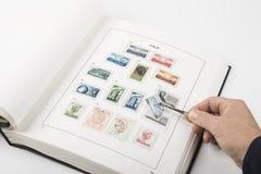 Coleção de selos velha Fotografia de Stock Royalty Free