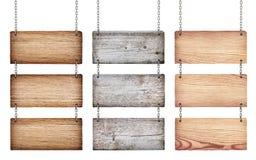 Coleção de vários sinais de madeira com corrente Foto de Stock Royalty Free