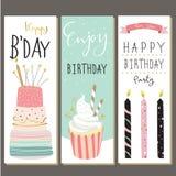 Coleção do aniversário para o cartão com bolo, vela e cupca imagens de stock royalty free